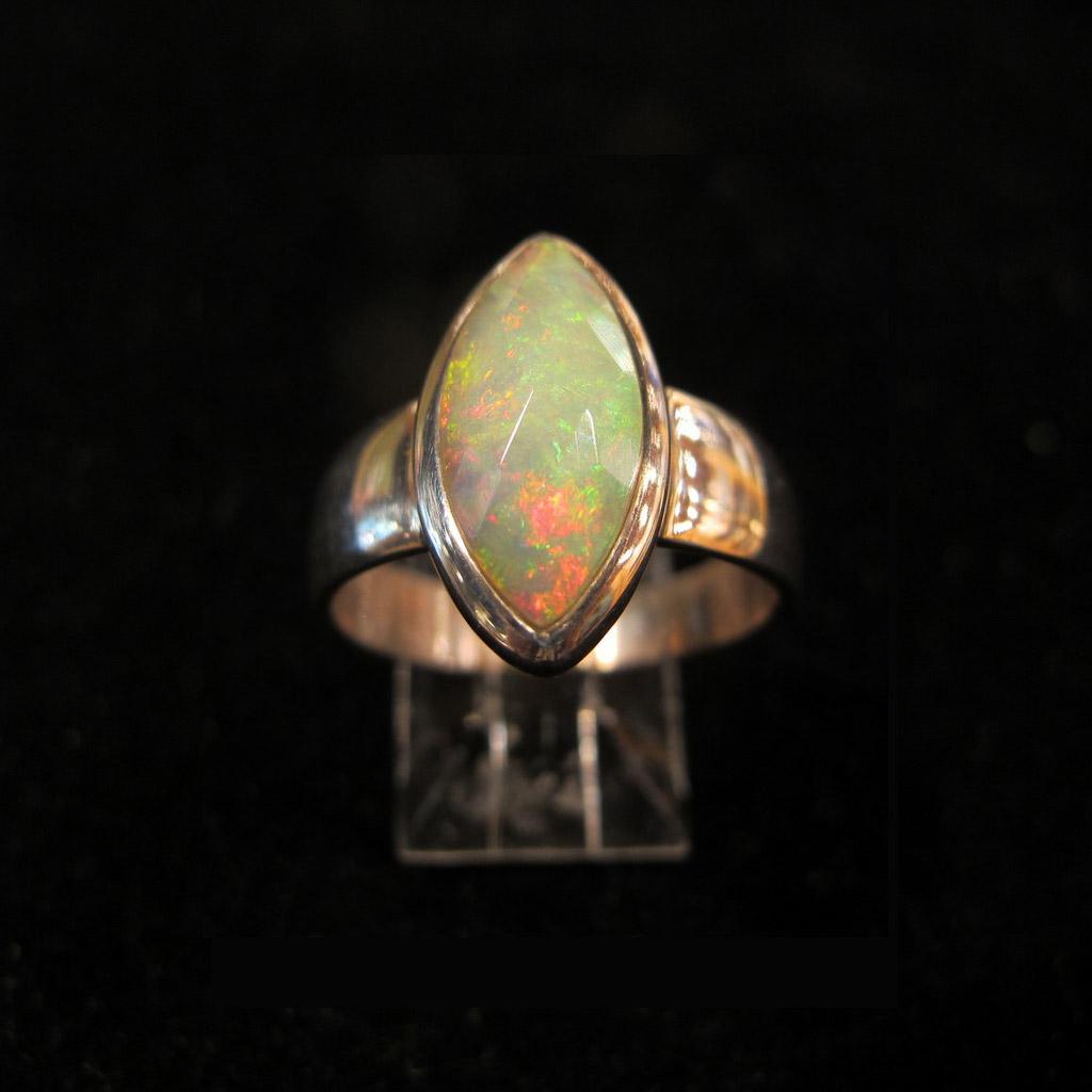 Bague Opal sur Argent