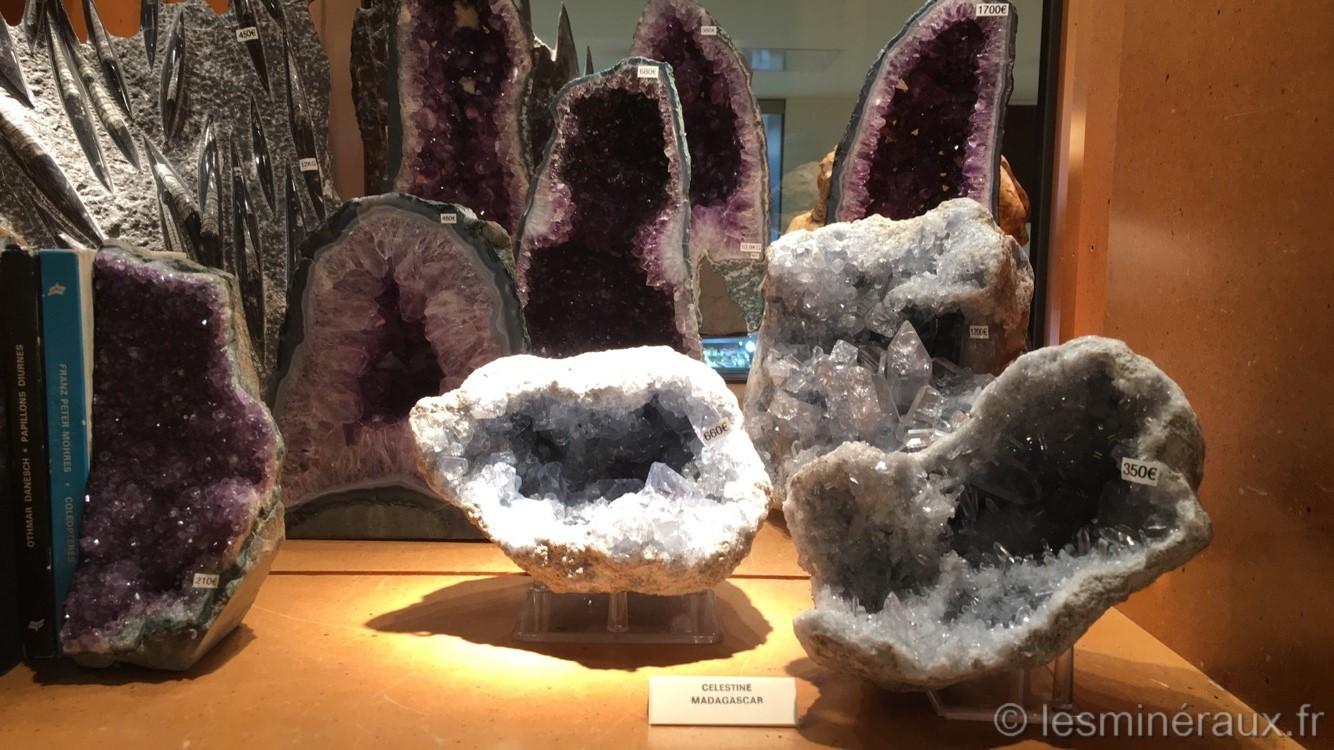 Les Minéraux du Carrousel du Louvre-Les Géodes