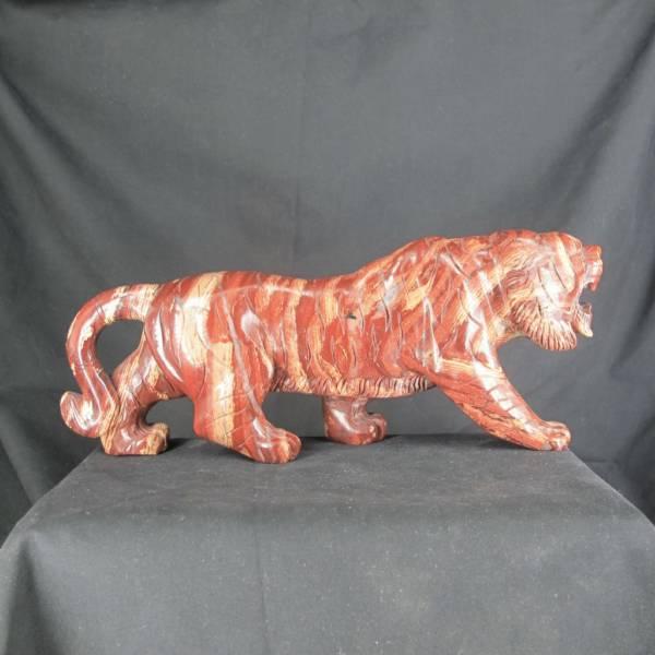 Tigre en Jaspe Brèche